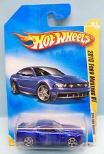 2822 HOT WHEELS CARTE US / 2009 NEW MODELS / FORD MUSTANG GT 2010 BLEU 1/64