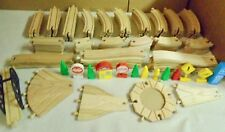THOMAS  WOOD  TRACK,  SIGNS, TREES,  FIGURES,  BRIDGE, SWITCHES  110+  PIECES