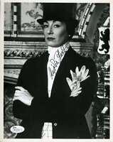 Angelica Huston Jsa Coa Hand Signed 8x10 Photo Authenticated Autograph