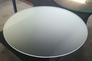 Runde Glasscheibe rund Glasplatte getöntes Glas Tischplatte aus Glas Klarglas