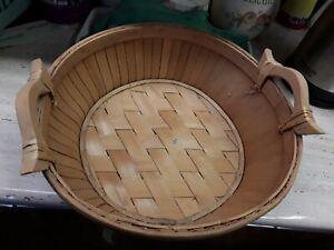 Round  Rustic  Basket