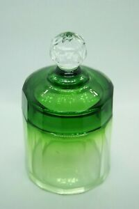 c.1930 BACCARAT GREEN CLEAR CUT CRYSTAL COVERED BOX VANITY JAR DRESSER FRANCE