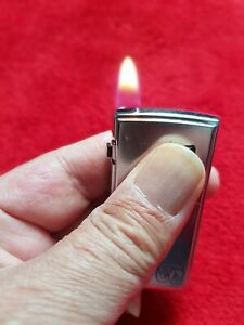 VINTAGE RONSON VARAFLAME ELECTRONIC LIGHTER RARE BATTERY OPERATED RETRO