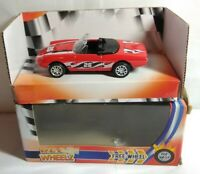 FUNTASTIC REAL WHEELZ 1:43 SCALE DIECAST SPORTS CAR #26 - RED - 138060 - BOXED
