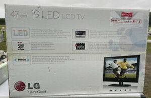 """LG 47cm / 19"""" LED LCD Tv - Model 19LE3300 With Remote"""