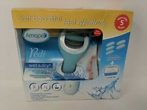 Amopé Pedi Perfect Wet & Dry Rechargeable Foot File 5 Refill Rollers & Bag