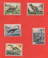 5 timbres SAN MARINO - Thématique : Dinosaures - 1965   (333)