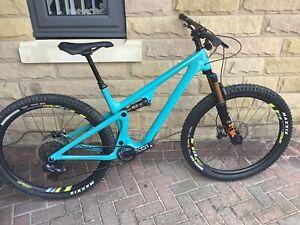 2021 Yeti  SB115 Turq frame Custom Build, size L,