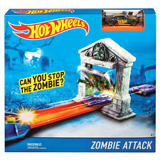 Hot Wheels ZOMBIE ATTACK Track Set by Mattel (DJN40) Includes Bully Goat Car