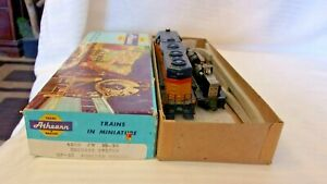 HO Scale Athearn GP-35 Diesel Locomotive B&O Chessie #3547 for PARTS or REPAIR