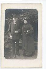 BM966 Carte Photo vintage card RPPC Couple mode fashion chapeau hat