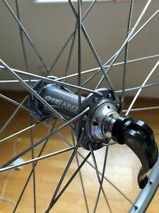 "front wheel mavic sup x517 chris king hub 26"" silver rim brake great condition"