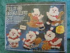 VINTAGE FELT HOLIDAY ORNAMENTS KIT~#3137 HOLDAY SANTA'S~1978~SEQUINS~5 PCS~NEW