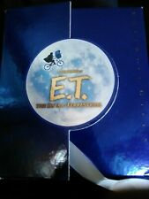 E.T. The Extra-Terrestrial Ultimate Gift Set