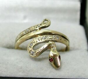 Very Nice 9 carat Gold And Cubic Zirconia Snake Ring Size N