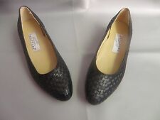 NEW Trotters Trevi, US Size 9 Narrow Black Leather Dress shoe with low heel
