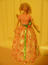 Avon Exclusive Special Edition Strawberry Sorbet Barbie - blonde, tnt, 1998