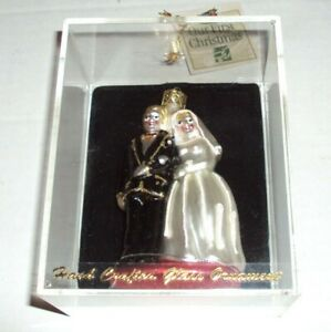 Bonners Bride & Groom Wedding Hand-Crafted Glass Christmas Ornament NEW SEALED