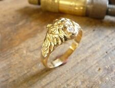 Bague or tête de lion Simba avec diamant dans la gueule