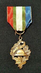 WW1 Original French Medal for the Veteran 1914-1918 bronze signed Chobillon