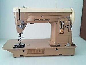 ****** 1958 Vintage Singer Model 404 Sewing Machine Slant needle straight Stitch