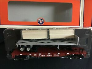 LIONEL O Gauge FlatCar With Wood Ties #6-26695 New in Box