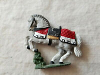 VINTAGE HORSE HAND PAINTED LEAD METAL FIGURINE TOY