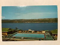 Glen Motor Court, Overlooking Seneca Lake, Watkins Glen, New York NY Postcard