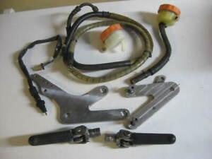 Honda RC30 VFR750R - OEM footpegs, rear brake line,switch,reservoirs, alloy brkt