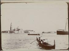 Italie, Venise, Basilique Santa Maria della Salute, prise du quai des Esclavons,
