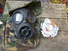 British Army S10 Gas Mask..size 2..dated 1987..