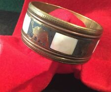 Retro Hippy Gypsy Tribal Ethnic Inlaid Animal Brass mother of pearl Wide Bangle
