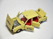 Volkswagen VW K70 K 70 in gelb giallo jaune yellow, Märklin RAK in 1:43!