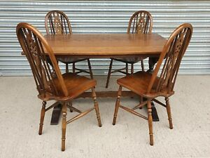 Vintage Old Charm (Wood Bros) Dining Table & 4 Chairs!!