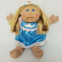 Cabbage Patch 2005 Kids Doll Girl Blonde Silk Hair BLUE Eyes Hearts Dress