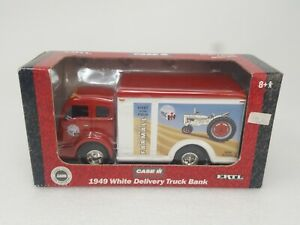 Ertl 1949 White Delivery Truck Bank Case International Farmall McCormick Tractor