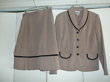 Business Career Suit Outfit Jacket Skirt Size 10