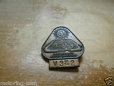 1974 INDIANAPOLIS 500 PIN BADGE V342 VERY RARE YEAR GREAT CONDITION
