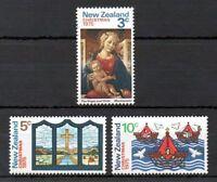 1975 New Zealand~Christmas~Unmounted Mint~Stamp Set~ UK Seller~
