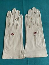 Vintage 1950's 1960's French White Leather Gloves Flower Embroidery Size 6 1/4