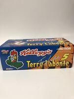 Terry Labonte #5 Kellogg's Looney Tunes 2001 Monte Carlo 1:24 Action Stock Car