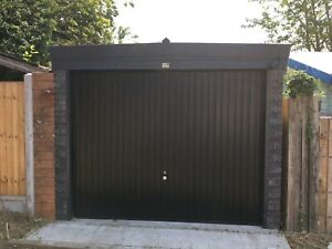 PENT GRAPHITE CONCRETE GARAGE - MODERN DESIGN