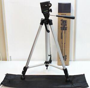 "330A Digital Camera Tripod w/ Bag 52"""