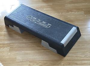 Reebok Adjustable Training Step Cardio Fitness Workout Aerobic Stepper Home Gym.
