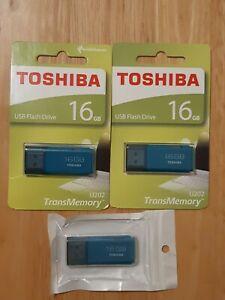 2 X TOSHIBA 16GB USB Flash Drives U202