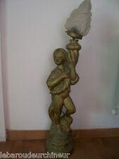 Magnifique lampe sujet orientaliste ancienne platre ou autre torchère