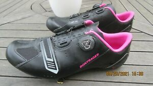 Bontrager Inform Cycling Shoes with Cleats and Shimano Cleat Pedals-Black/Pink