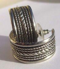boucles d'oreilles percées en argent 835 légères superbes anneaux gravés 3231