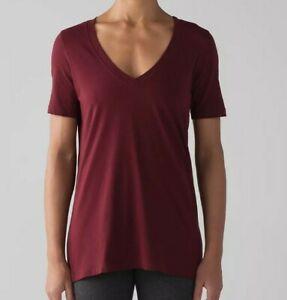 $59 LULULEMON love Tee Short Sleeve V-Neck T-Shirt Size 10