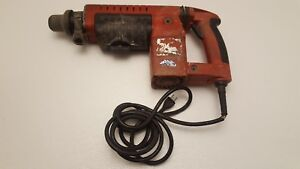 "Milwaukee Thundermax 1-1/2"" Corded Rotary Hammer 5313-02 Pre-Owned"